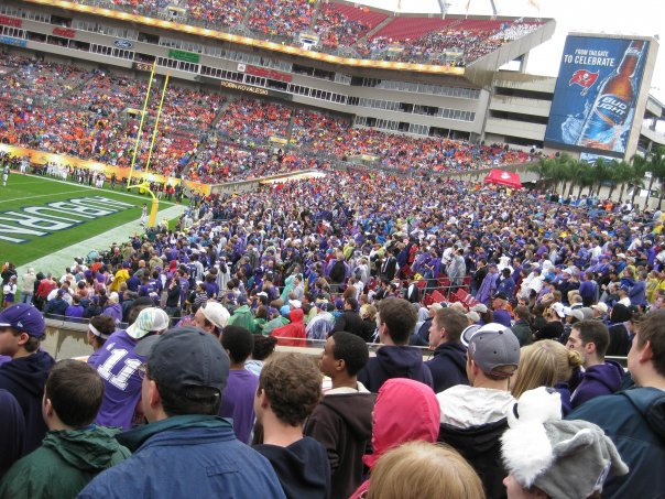 northwestern_outback_bowl_fans