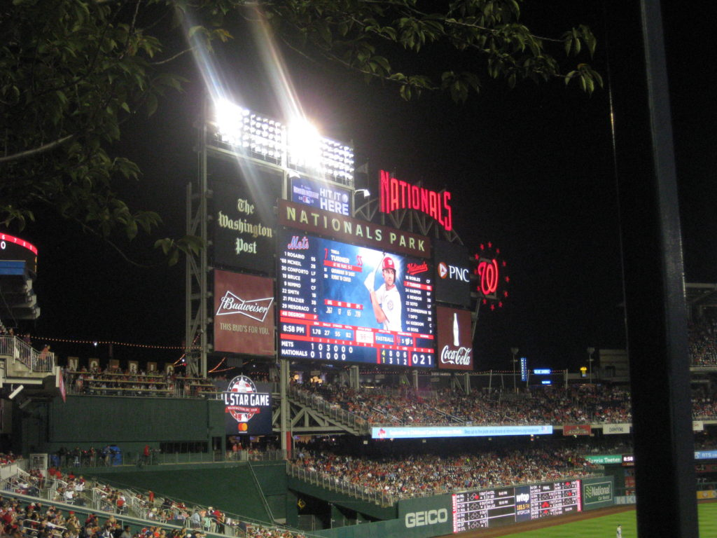 Scoreboard_Washington_Nationals_Park