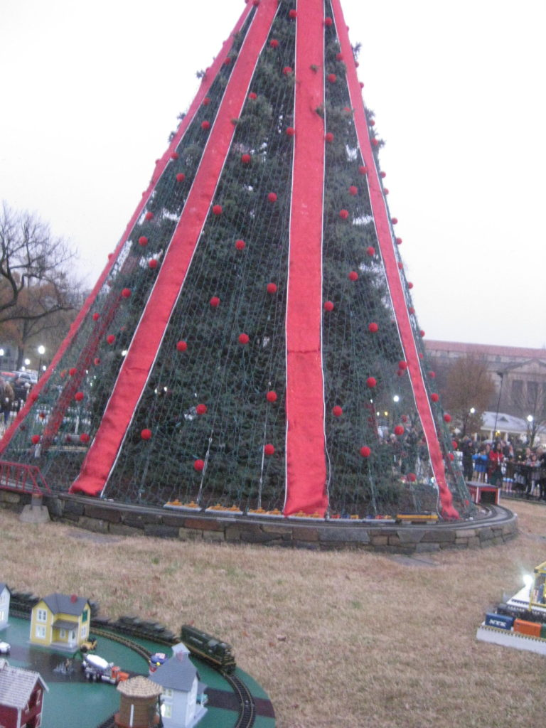 National_Christmas_Tree_2018_unlit