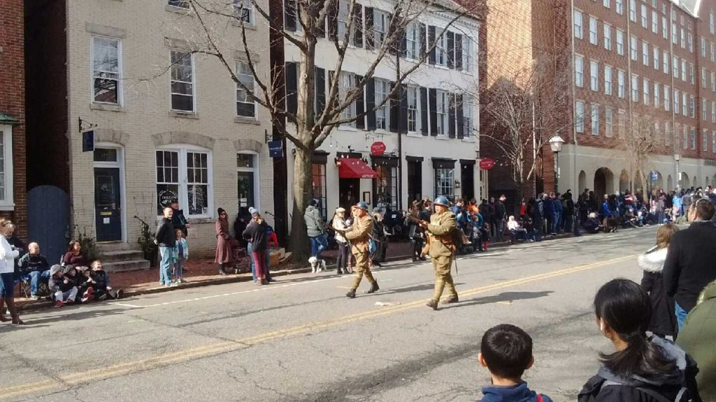 Washington_Parade_Alexandria_Virginia_guns